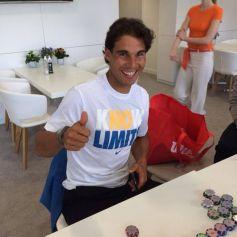 Rafael Nadal plays poker (May 24, 2014)