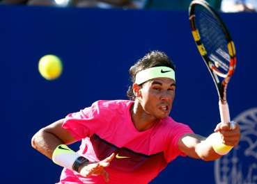 Nadal plays a shot during his tennis match against Berlocq at the ATP Argentina Open in Buenos Aires