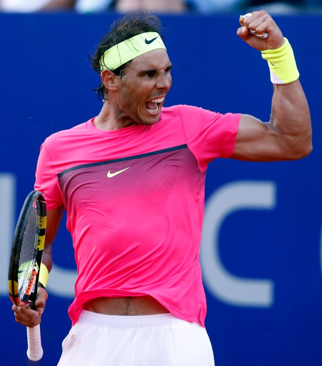 Spain's Rafael Nadal reacts after defeating Argentina's Carlos Berlocq in their semi-final tennis match at the ATP Argentina Open in Buenos Aires February 28, 2015.   REUTERS/Marcos Brindicci (ARGENTINA - Tags: SPORT TENNIS)