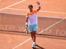 Rafael Nadal into Barcelona Open third round (2)