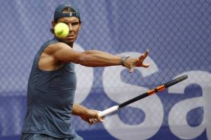 Rafael Nadal sleeveless shirt practice Barcelona Open (2)