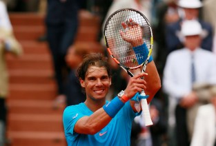 Tennis - French Open - Roland Garros, Paris, France - 26/5/15 Men's Singles - Spain's Rafael Nadal celebrates after winning his first round match Action Images via Reuters / Jason Cairnduff Livepic