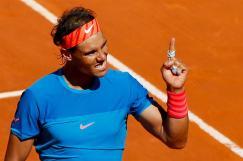 MADRID, 09/05/2015.- El tenista español Rafa Nadal celebra la victoria en partido de semifinales de torneo de tenis de Madrid, que disputó frente a checo Tomas Berdych hoy en la Caja Mágica, al que derrotó por el resultado de 7-6 (3) y 6-1.Tras su victoria Nadal disputará mañana la final del torneo con el ganador del partido entre el británico Andy Murray y el japonés Kei Nishikori EFE/JuanJo Martín