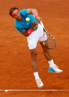Rafael Nadal of Spain serves to Andy Murray of Great Britain during the final of the Madrid Open Tennis tournament in Madrid, Spain, Sunday, May 10, 2015. (AP Photo/Daniel Ochoa de Olza)