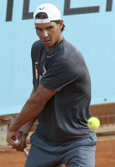 Rafael Nadal practices at Madrid Open (4)