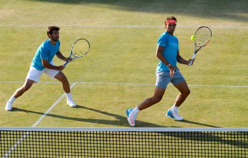 Tennis - Aegon Championships - Queens Club, London - 18/6/15 Men's Doubles - Spain's Rafael Nadal and Marc Lopez during the quarter final Action Images via Reuters / Tony O'Brien Livepic