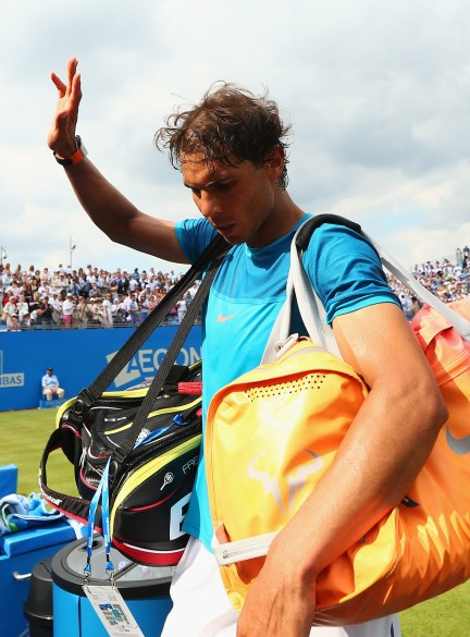 LONDON, ENGLAND - JUNE 16: Rafael Nadal of Spain waves to the crowd after his defeat in his men's singles first round match against Alexandr Dolgopolov of Ukraine during day two of the Aegon Championships at Queen's Club on June 16, 2015 in London, England. (Photo by Clive Brunskill/Getty Images)