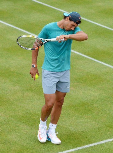 Tennis - Aegon Championships - Queens Club, London - 17/6/15 Spain's Rafael Nadal during a practice session Action Images via Reuters / Tony O'Brien Livepic