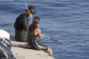 Rafael Nadal and his girlfriend Maria Francisca Perrerllo looking more in love than ever on holiday (1)