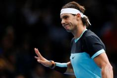 Spain's Rafael Nadal reacts during his quarter final match against Switzerland's Stanislas Wawrinka at the BNP Paribas 2015 Masters tennis tournament in Paris, France, 06 November 2015. (Tenis, Francia) EFE/EPA/IAN LANGSDON