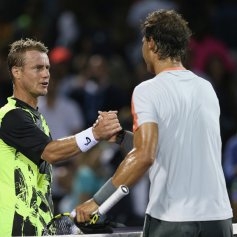 Rafael Nadal says goodbye to Lleyton Hewitt (6)
