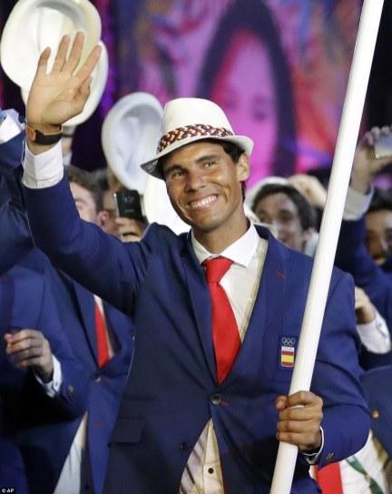 Rafael Nadal carries Spain's flag at Rio Olympics (1)