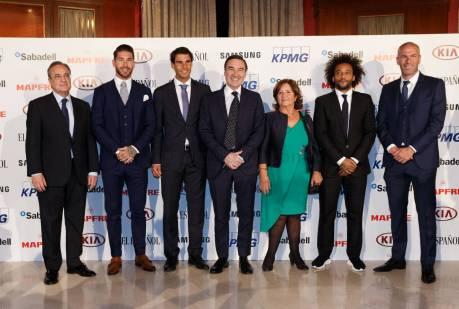Rafael Nadal awarded at Premio Los Leones 2017 El Espanol (6)