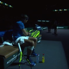 Rafael Nadal knee bothering him 2017 Paris Masters third round against Pablo Cuevas