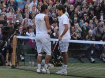 Nadal n'est plus simplement le roi de la terre. En prenant le dessus sur Federer à Wimbledon, il étend son territoire. C'est son cinquième titre du Grand Chelem, le premier en dehors de Paris.