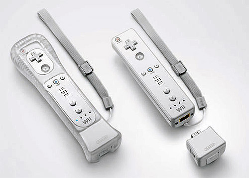 Wii Remote+Motion Plus.