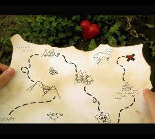 حقيبة سفر وخريطة