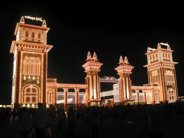 La Feria de noche a Malaga