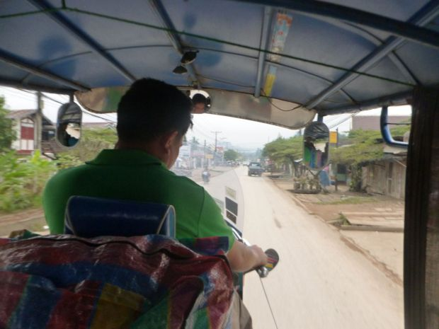 Arrivo a Luang Prabang, con il tuk tuk verso l'hotel