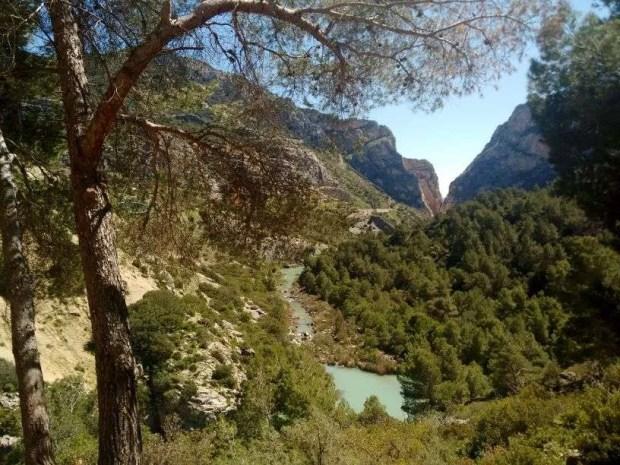 Il sentiero di raccordo tra i 2 canyon