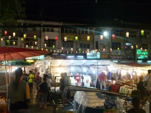 Il night market di Chang Mai