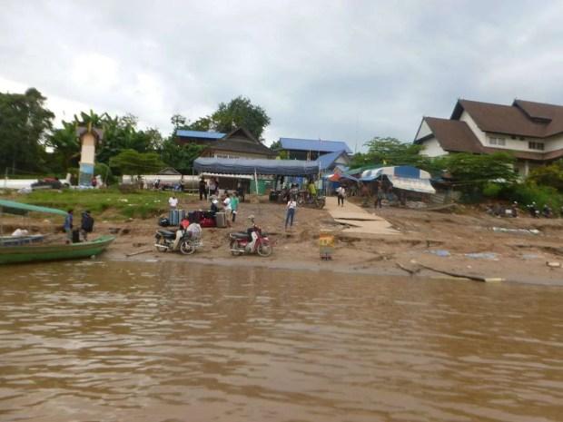 Il confine di Houay-Xai in Laos