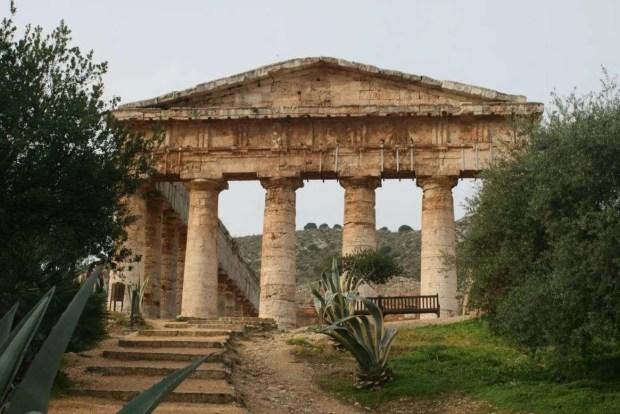 Tour della Sicilia: il tempio di Segesta
