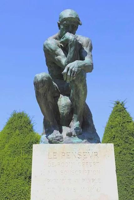 La statua del pensatore al Jardin Rodin