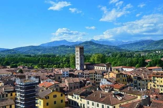 Il paesaggio che fa da cornice a Lucca