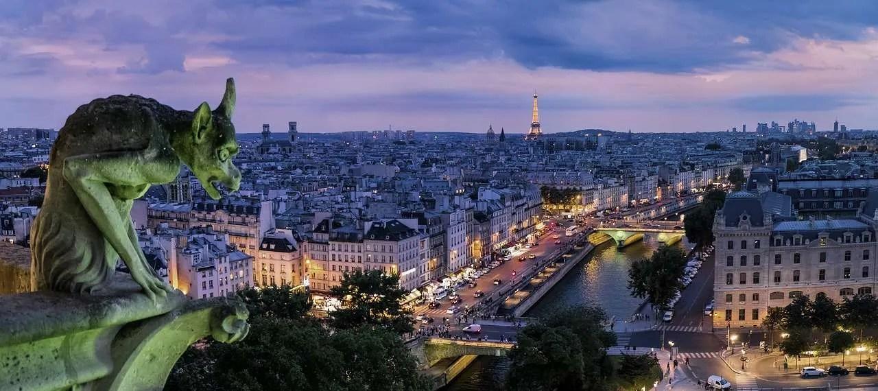 Cosa fare a Parigi per sentirsi un vero turista e innamorarsi della città