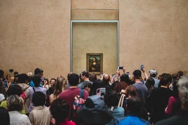 Cosa fare a Parigi: il Louvre e la folla davanti alla Gioconda