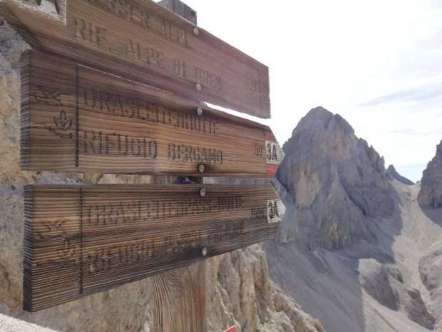 Sentieri alternativi per raggiungere il rifugio Alpe di Tires