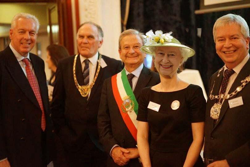 """Richiedenti asilo: il """"piano"""" del sindaco Panza"""