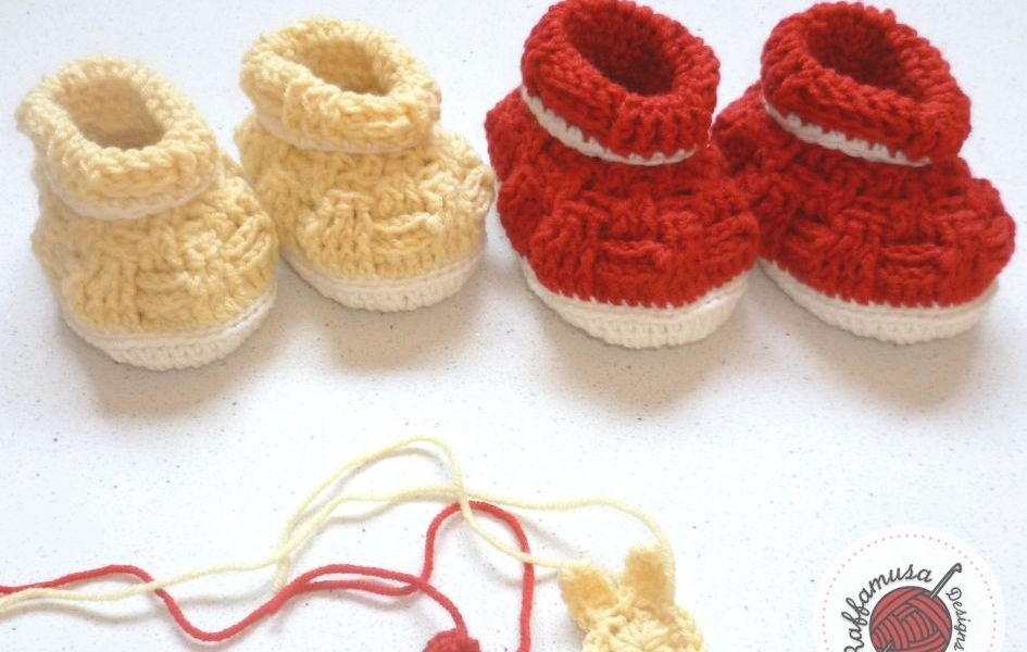 Basketweave Baby Booties by Raffamusa Designs