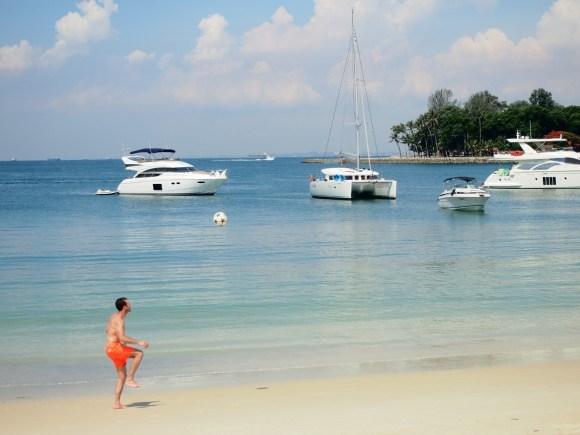 Beach on Lazarus Island