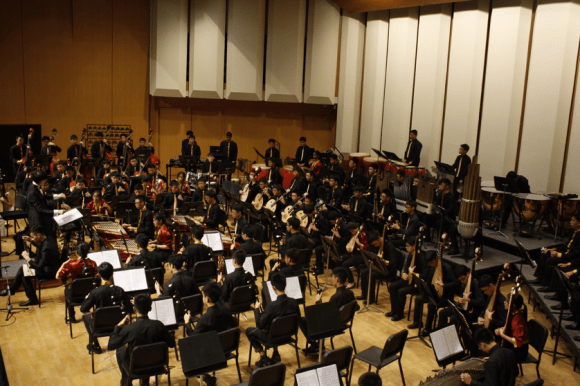 The Orchestra in its full glory.