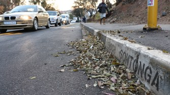 The recent increase in criminal activities on Enoch Sontonga Avenue has prompted Wits University to up the level of security on the busy road. Enoch Sontonga Avenue runs along the Strurrock Park sports precinct, parallel to the Enoch Sontonga memorial park.