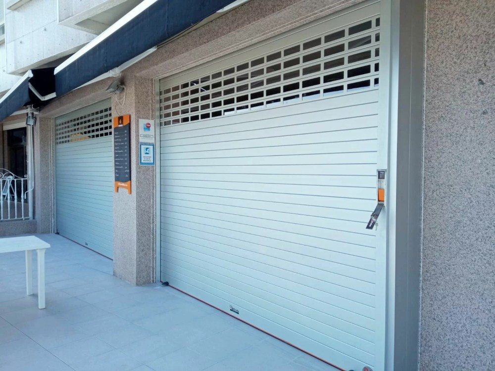 Puertas automáticas, portales automáticos Galicia 4