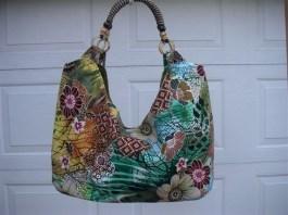 Designed by Doreen Watanabe of Big Bear, an eye-catching Hawaiian print bag will bring on the compliments. (Courtesy of Hawaiian Bag Lady)