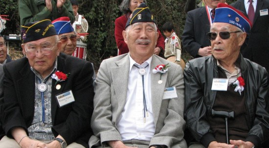 MIS veterans Warren Eijima and Mas Kawaguchi and 442nd Regimental Combat Team veteran Ken Nihei were among the honored guests.