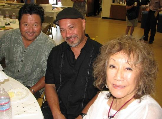 Dan Kuramoto, Kimo Cornwell and June Kuramoto of Hiroshima were among the performers.