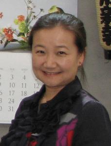 Noriko Sanefuji of the Smithsonian (J.K. YAMAMOTO/Rafu Shimpo)