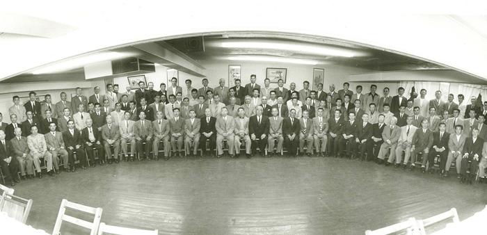 マロニー法案に反対する15組合の代表が集まり、1955年に発足した南加庭園業連盟(写真=南加庭園業連盟提供)