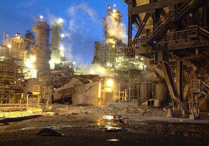 昨年2月に発生した大規模な爆発事故直後の様子(トーレンス市消防署より)