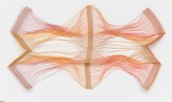 """Kay Sekimachi, """"Study for Crossed-Warp Effect,"""" 1980s. Linen, dye; four-layer continuous-weft weave and crossed warp on an eight-harness loom, dimensions variable. Collection of the artist. Image © Fine Arts Museums of San Francisco"""