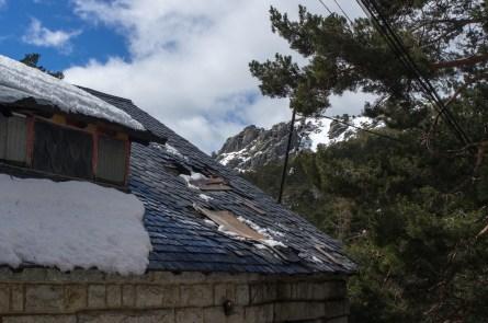 Casa del Puerto y all fondo 7 Picos