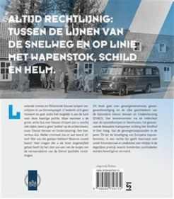 flaptekst op cover in een rechte lijn de geschiedenis van de dienst vervoer en ondersteuning ralph stoove