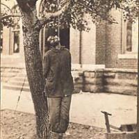 The lynching of Joseph Richardson, September 26, 1913.