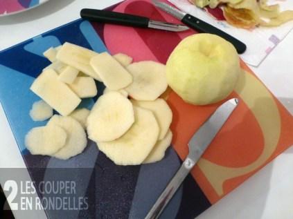 Couper les pommes en rondelles