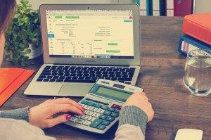 Katso laskutuspalvelujen vertailu ja valitse itsellesi paras vaihtoehto
